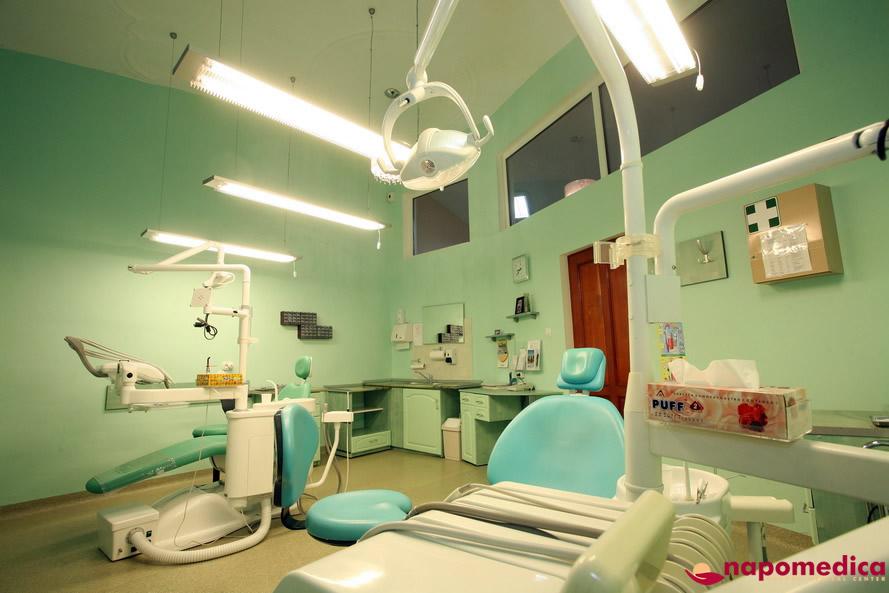 Centrul Medical Napomedica Gherla Cluj - Cabinet stomatologic