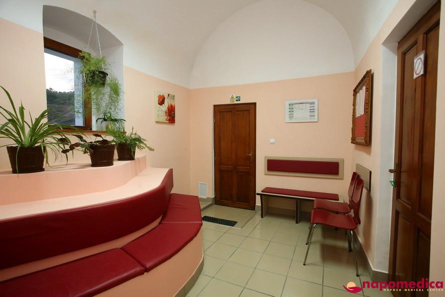Centrul Medical Napomedica Gherla Cluj - Sala asteptare radiologie